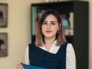 """Любов Маринкова, докторант в катедра """"Астрономия"""", е отличена със стипендията """"За жените в науката""""  2020"""